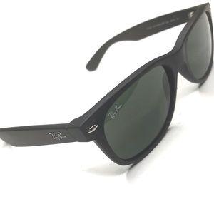 RayBan Classic Black New Wayfarer Sunglasses